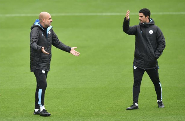 Arteta đang là trợ thủ đắc lực của HLV Guardiola ở Man City