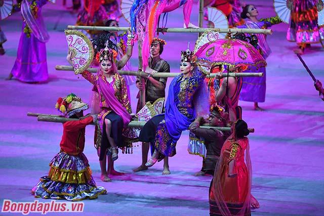 Khép lại buổi lễ khai mạc nhiều màu sắc tại Philippine Arena cũng là lúc SEA Games 2019 chính thức bắt đầu với những nội dung tranh tài kể từ ngày 1 đến 11/12.