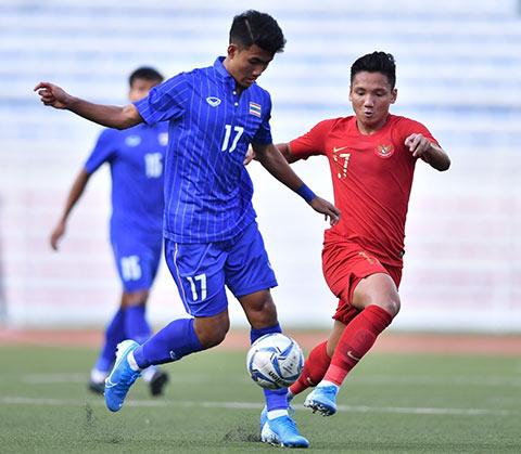 U22 Indonesia đang thể hiện lối đá rất khó chịu ở SEA Games 2019 - Ảnh: Changsuek