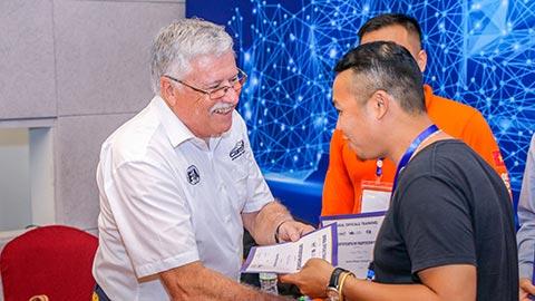 Chuyên gia Úc đào tạo 1000 tình nguyện viên cho giải F1 ở Việt Nam