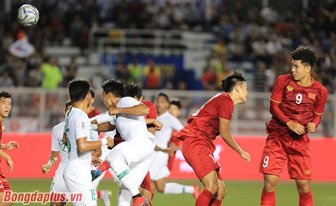 Bàn gỡ hòa của Thành Chung giúp U22 Việt Nam phá bỏ rào cản bế tắc trước U22 Indonesia