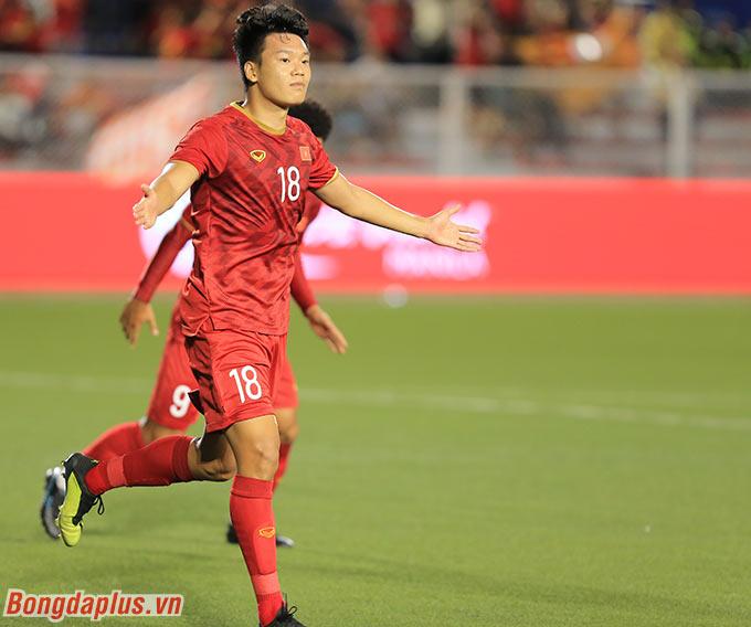 Thống kê chỉ ra rằng, cứ khi nào Thành Chung đưa được bóng vào lưới, kể cả là... phản lưới nhà, đội bóng của anh không thua