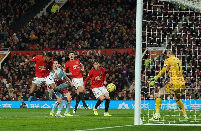 Rashford đánh đầu đem đến bàn thắng quân bình tỷ số cho M.U