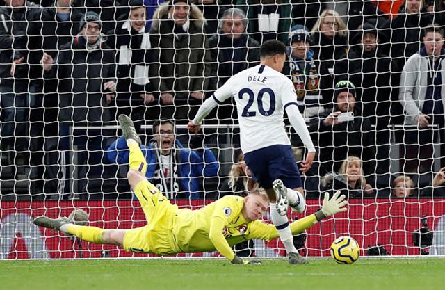 Tottenham đang bay cao cùng Mourinho và Alli
