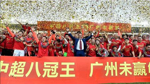 Cannavaro giúp Guangzhou Evergrande lập kỷ lục khó tin ở Trung Quốc