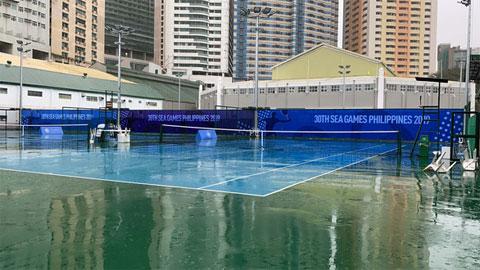 SEA Games 30: Quần vợt bị hoãn 4 lần và dời lịch sang ngày hôm sau