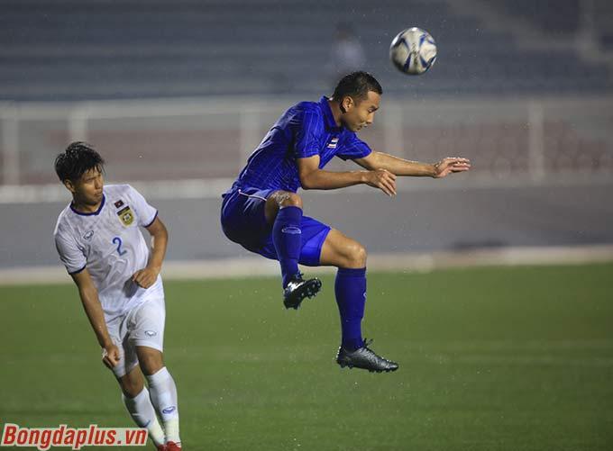 Sang đến hiệp 2, U22 Thái Lan vẫn bế tắc trong giai đoạn đầu trận