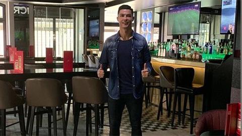 Ronaldo năm thứ 2 liên tiếp không tham dự gala Quả bóng vàng