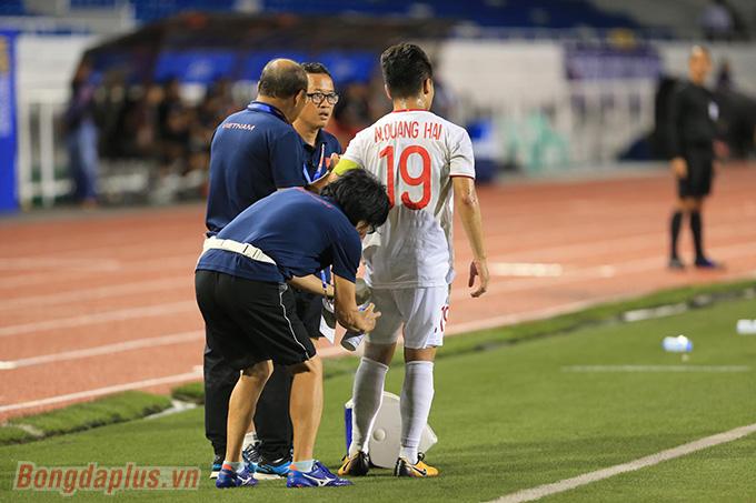 Thầy Park không yên tâm với chấn thương của học trò