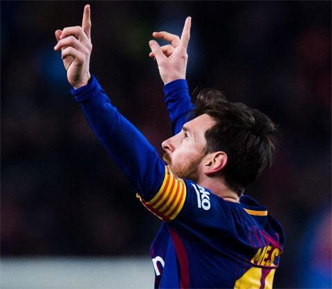 Messi luôn giơ hai tay lên trời mỗi khi ghi bàn để tưởng nhớ bà ngoại Celia