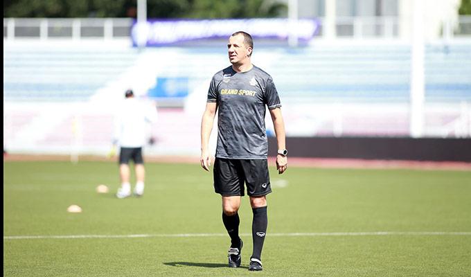 HLV thủ môn Sasa Todic sắp có cuộc tái ngộ thú vị với HLV Park Hang Seo vào trận đấu chiều mai. Vị trợ lý của HLV Nishino từng có hành động không đẹp với nhà cầm quân Hàn Quốc trong cuộc chạm trán giữa 2 ĐTQG ở vòng loại World Cup 2022 tại Mỹ Đình