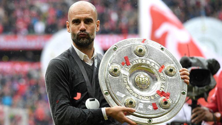 Pep đã thành công bằng cách xô đổ triết lý của Bayern để ứng dụng triết lý của mình