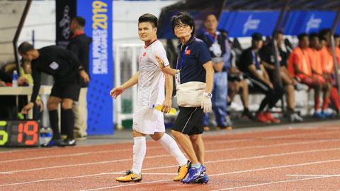 Quang Hải có nguy cơ chia tay SEA Games vì chấn thương