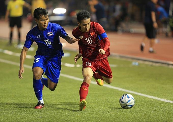 U22 Việt Nam không chùn bước dù bị dẫn trước 2 bàn. Ảnh: Đức Cường