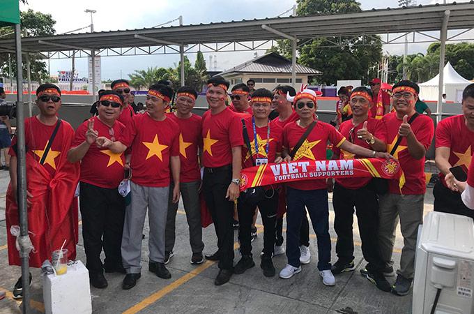 Khi được hỏi, các CĐV Việt Nam đều có chung niềm tin rằng ĐT U22 Việt Nam sẽ đánh bại Thái Lan để vào bán kết; và ĐT nữ Việt Nam cũng sẽ đả bại Philippines để vào chung kết bóng đá nữ