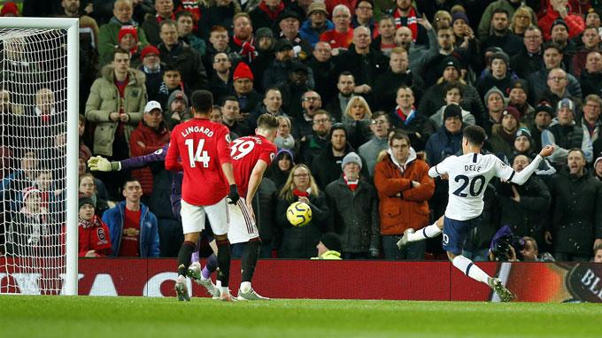 Alli gỡ hòa cho Tottenham ở phút 39