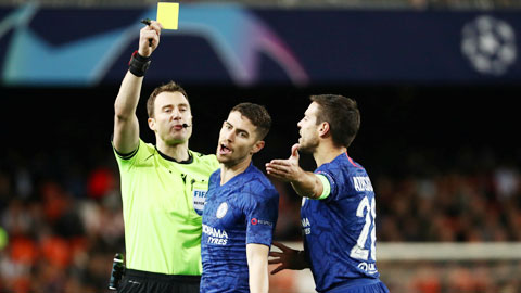 Chelsea: Báo động cho Jorginho