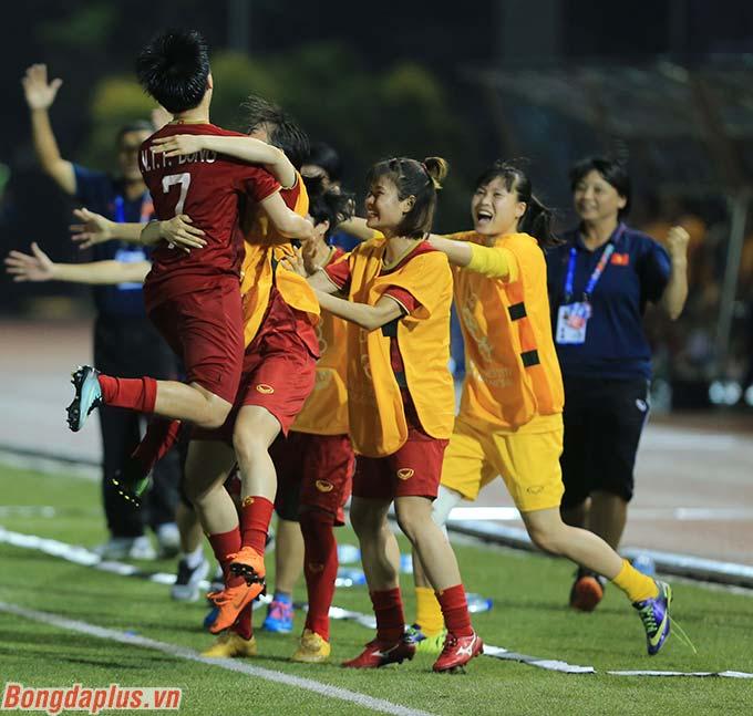 ĐT nữ Việt Nam có lần thứ 7 liên tiếp góp mặt ở trận chung kết SEA Games môn bóng đá nữ.