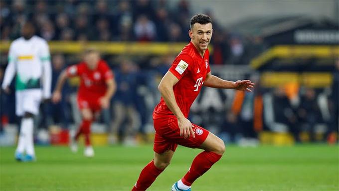 Perisic giúp Bayern vươn lên dẫn trước nhưng họ lại không giữ được lợi thế này