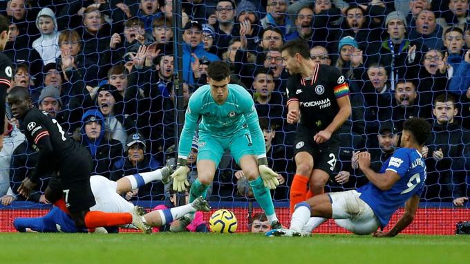 Calvert-Lewin ghi bàn ấn định chiến thắng cho Everton