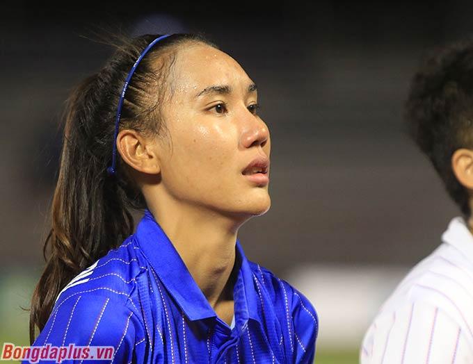 Cô bắt đầu khóc khi để thua Việt Nam ở chung kết bóng đá nữ SEA Games 2019.