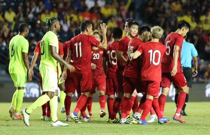 Đội tuyển Việt Nam chỉ thua Curacao sau loạt đá luân lưu.