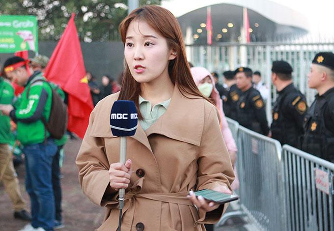 Sức hút mà bóng đá tạo nên quá lớn, đặc biệt HLV Park Hang Seo tiếp tục ghi dấu ấn nên các hãng thông tấn Hàn Quốc đã cử ekip sang Việt Nam tác nghiệp để có những phóng sự về thành công của ông Park