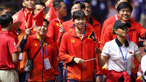 Ánh Viên nhận giải VĐV nữ xuất sắc nhất tại lễ bế mạc SEA Games 30
