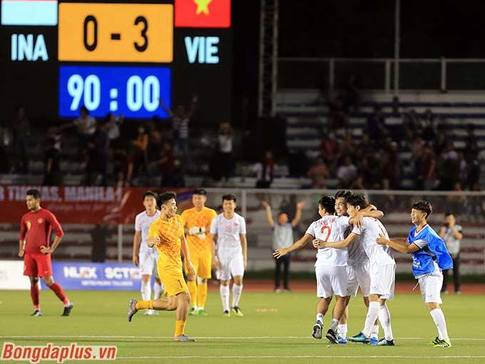 Dù vậy, U22 Việt Nam vẫn khép lại trận đấu với tỉ số cách biệt 3-0, qua đó lần đầu tiên giành HCV môn bóng đá nam SEA Games. Trong 5 lần trước đó, Việt Nam đều không thể có được chiến thắng ở trận tranh huy chương vàng.