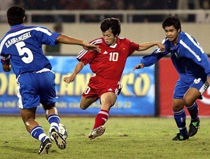 Văn Quyến và đồng đội đánh rơi huy chương vàng trong trận chung kết với người Thái tại Mỹ Đình
