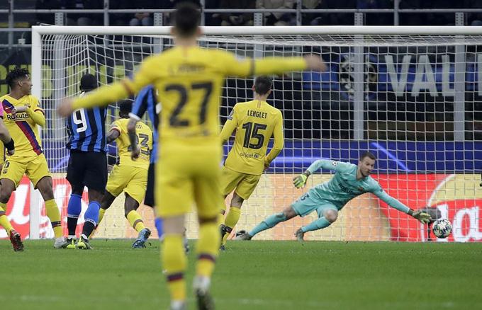 Lukaku lập công nhưng không thể cứu Inter