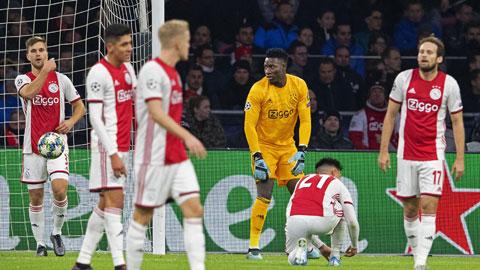 Rớt xuống Europa League, vì sao Ajax?
