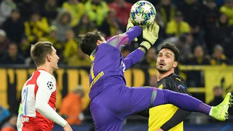 Dortmund: Phi thường Burki