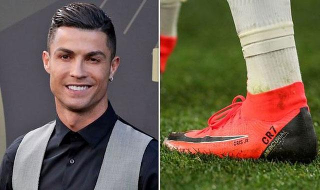Ronaldo là ngôi sao thể thao thứ 3 được Nike ký hợp đồng trọn đời