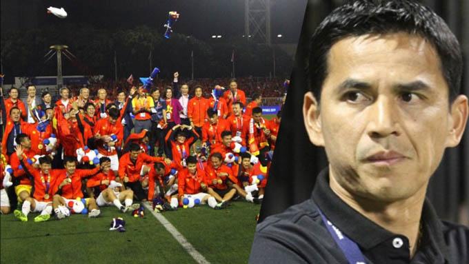 Kiatisuk bất ngờ trước sự thăng tiến nhanh chóng của bóng đá Việt Nam