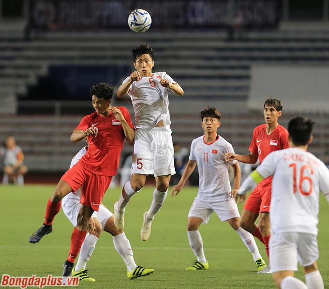 Nhờ Văn Hậu, khả năng phòng ngự lẫn tấn công bằng bóng bổng của U22 Việt Nam hiệu quả hơn nhiều ở SEA Games 2019.