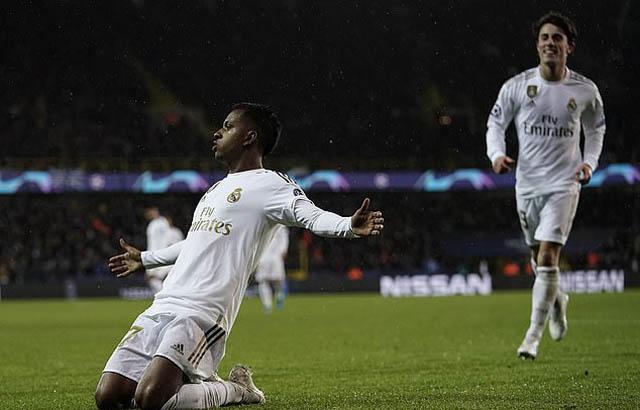 Niềm vui của Rodrygo sau khi ghi bàn mở tỷ số cho Real