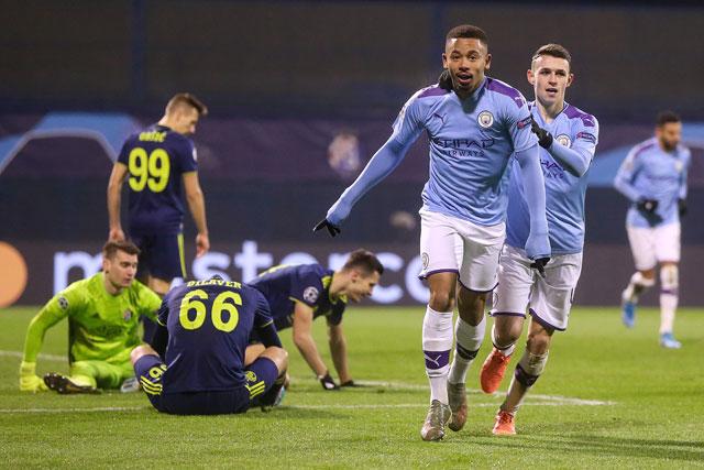 Gabriel Jesus lập hat-trick vào lưới Dinamo Zagreb, giúp Man City khép lại vòng bảng với thành tích bất bại