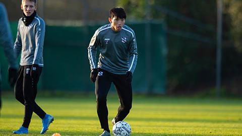 Lao vào tập luyện ngay khi đến Hà Lan, Văn Hậu sẽ được ra sân?