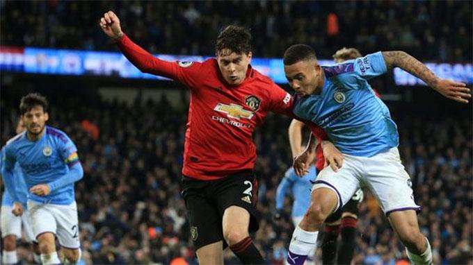 Man City mới để thua M.U 1-2 ngay trên sân nhà