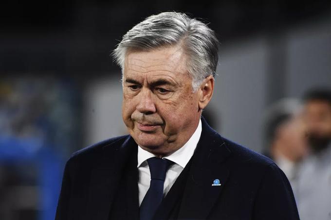 Ancelotti đã phải khăn gói rời Napoli