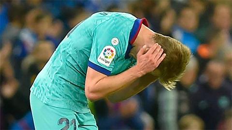 Cầu thủ Barca thi nhau chỉ trích trọng tài sau cú sảy chân trước Sociedad