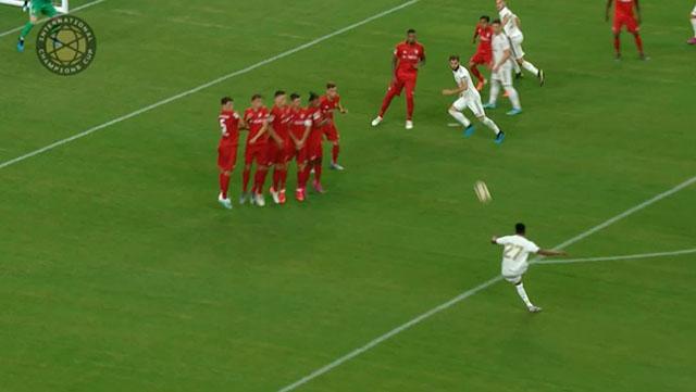 Rodrygo Goes sút phạt tung lưới Bayern ở ICC 2019