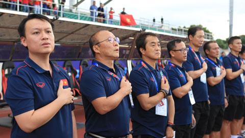 Đằng sau thành công của HLV Park Hang Seo là sức mạnh của dàn trợ lý