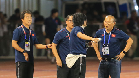 Dàn trợ lý hùng hậu của  HLV Park Hang Seo tại SEA Games 30