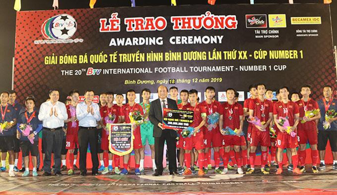 U20 Việt Nam đứng nhì chung cuộc. Ảnh: Anh Khoa