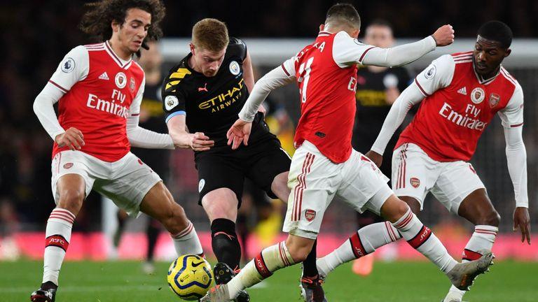 Arsenal đang cực kỳ dễ tổn thương