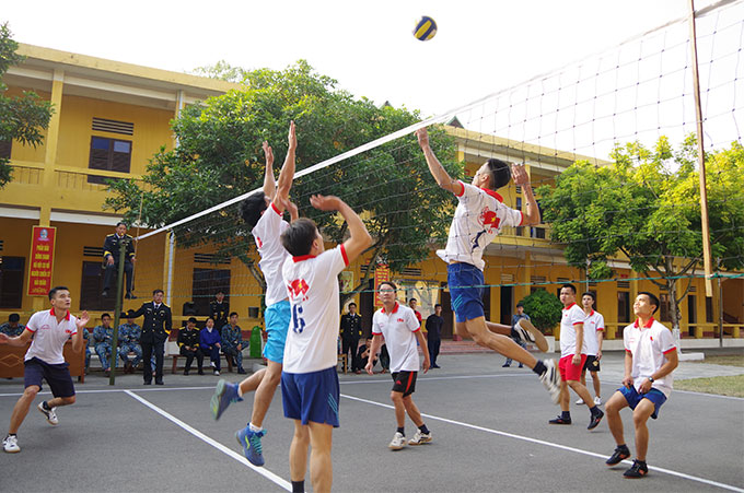 Các đội bóng chuyền thi đấu vòng loại tính điểm