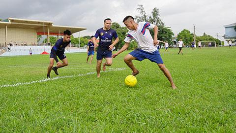 Lữ đoàn 147 tổ chức giải bóng đá, bóng chuyền kỷ niệm ngày thành lập QĐND Việt Nam