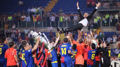 Barca năm 2009 & Câu thần chú làm nên mùa giải 'ăn 6'